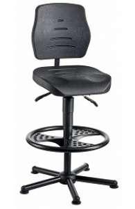 Chaise atelier polyuréthane noir pour personne forte maxi 150 kgs sur patins avec repose pieds fr3  ref : 01081